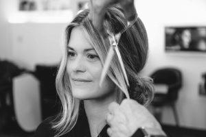 Elia-Kuhn-photographe-Mariage-de-Sarah-et-Arthur-maquillage-et-coiffure-Mars-2018-73