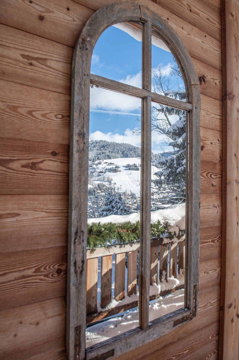 Elia-kuhn-photographe-Janvier-2019-exterieur-chalet-megeve-samantha-hauvette-1